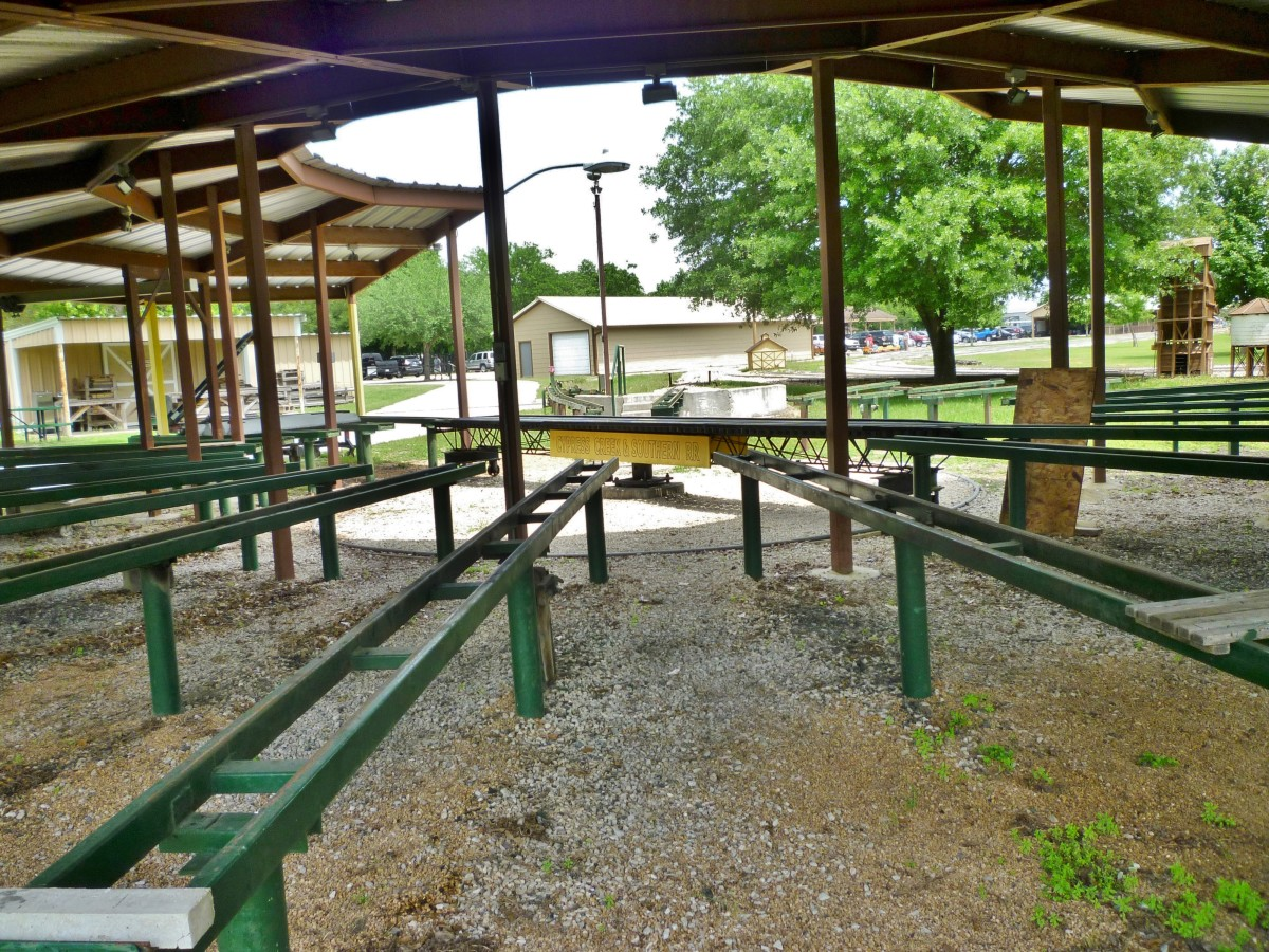 Place for HALS members to display & work on their train cars & engines at Zube Park.