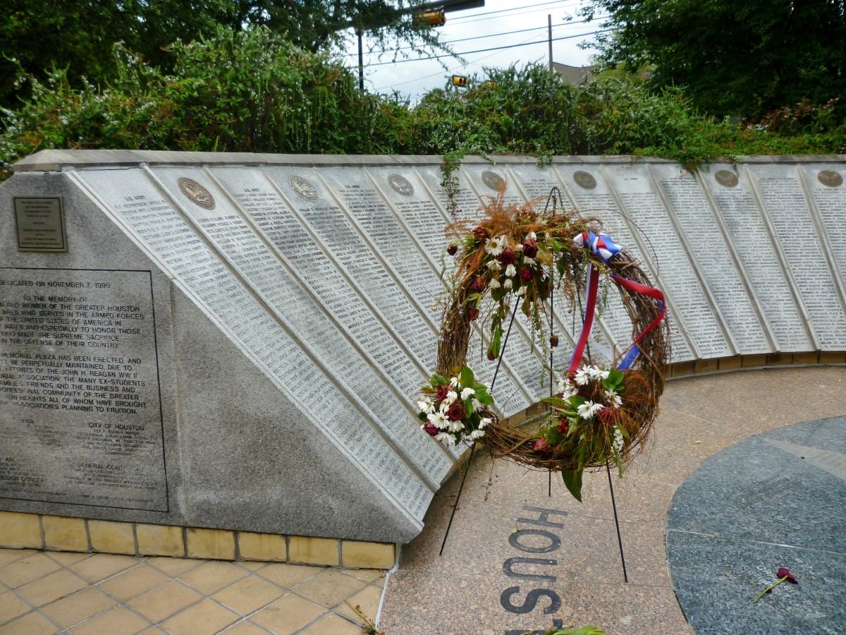 Portion of Houston Heights WWII Memorial