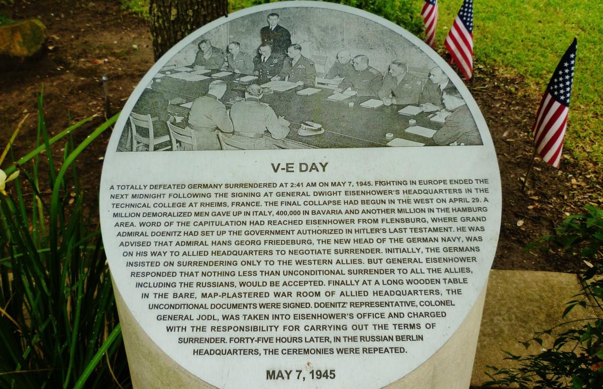 V-E Day information on a bollard