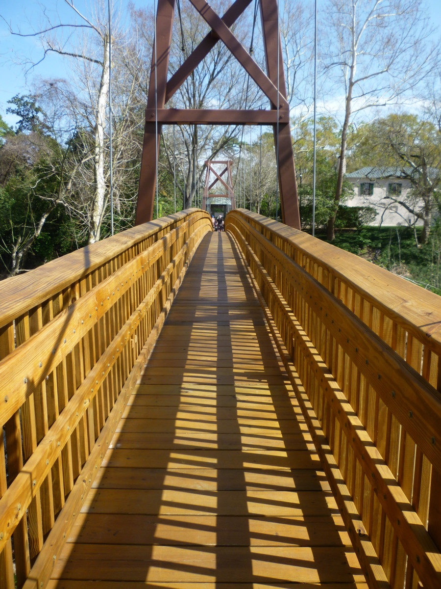 Bayou Bend Suspension Bridge over Buffalo Bayou