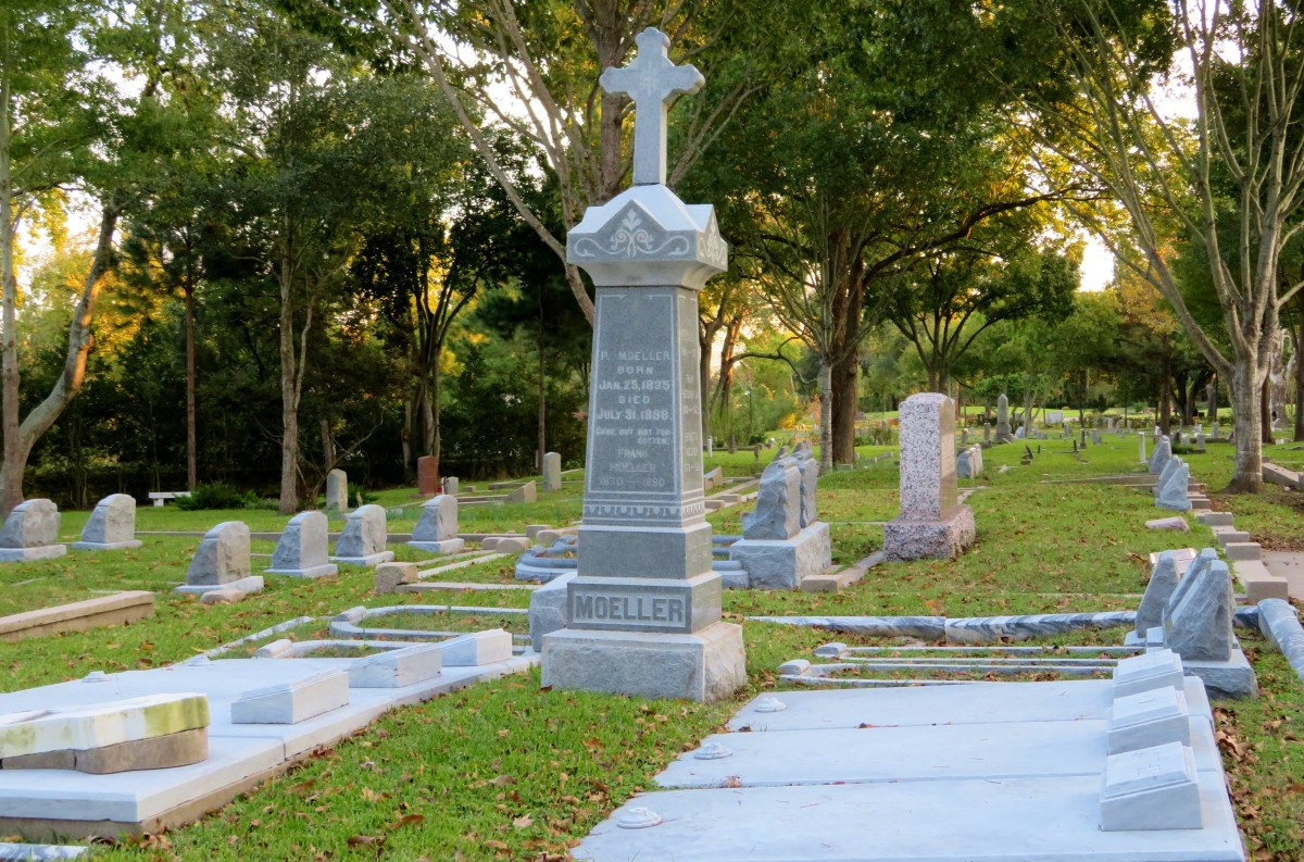 Moeller Monument in Washington Cemetery