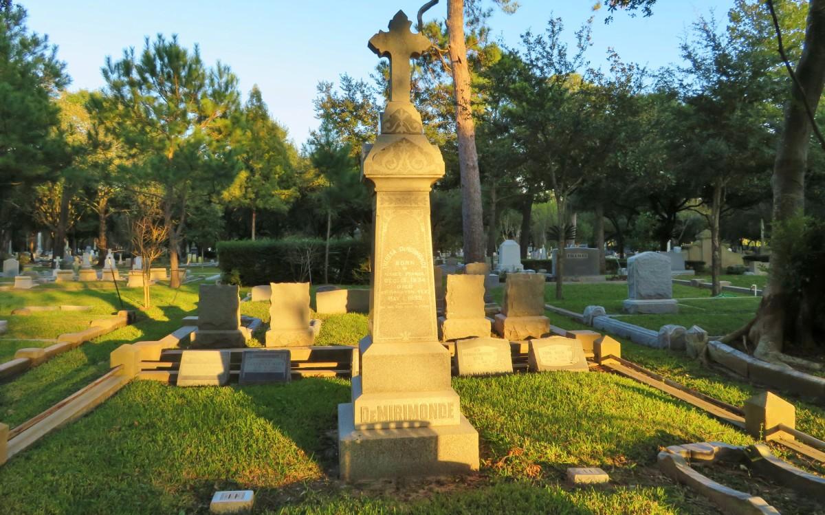 Washington Cemetery at Sunset