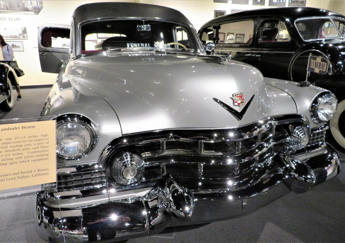 1951 Superior – Cadillac Landaulet Hearse