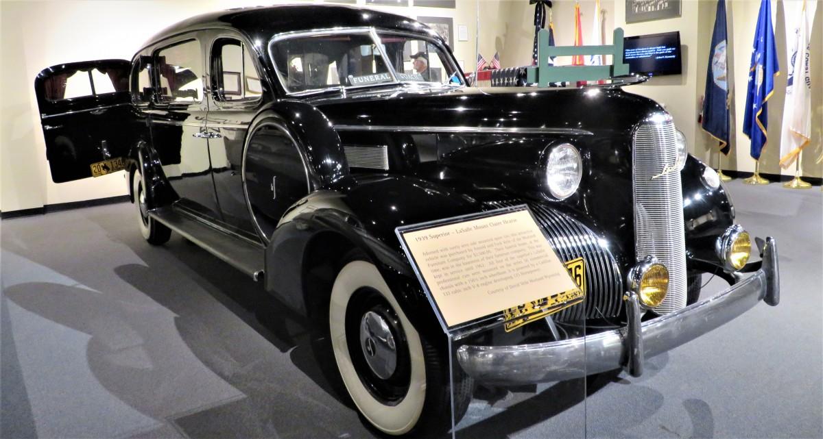 1939 Superior – LaSalle Mount Claire Hearse