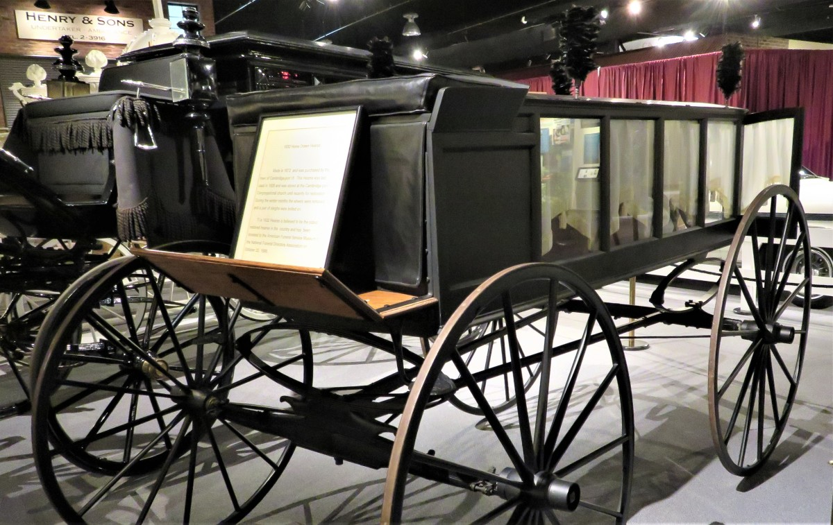 1832 Horse-Drawn Hearse