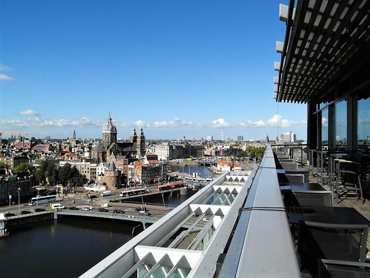 11th floor balcony, Doubletree by Hilton.