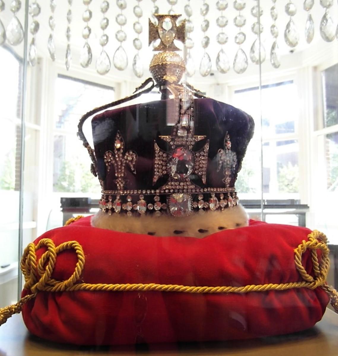 Replica of the British Coronation Crown.
