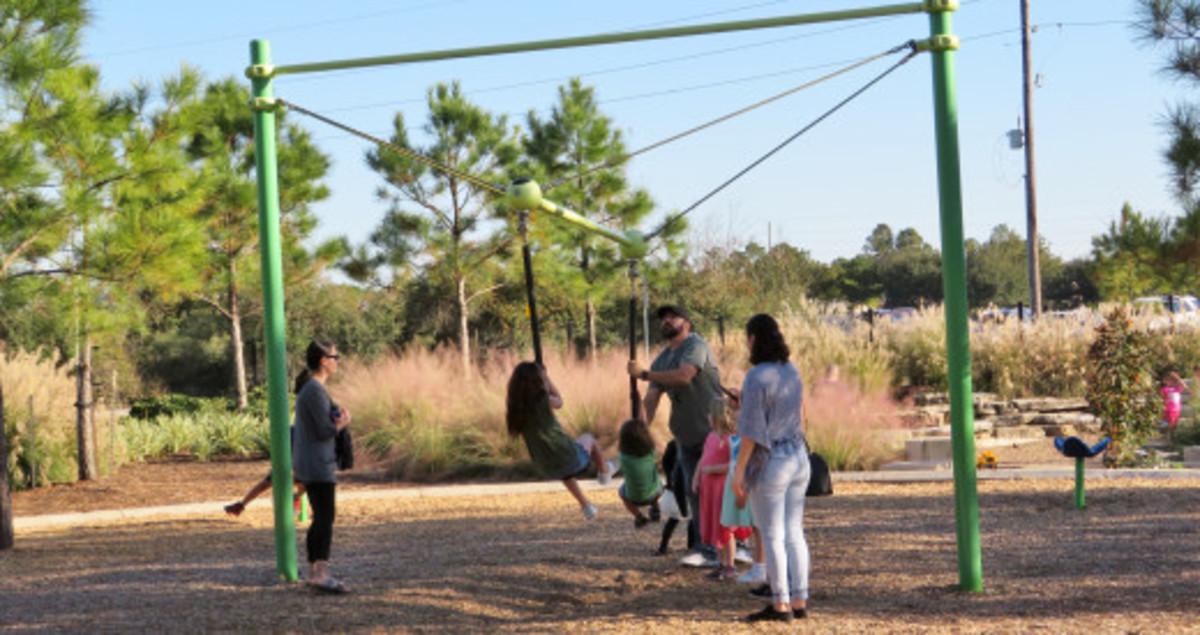 Unique swing