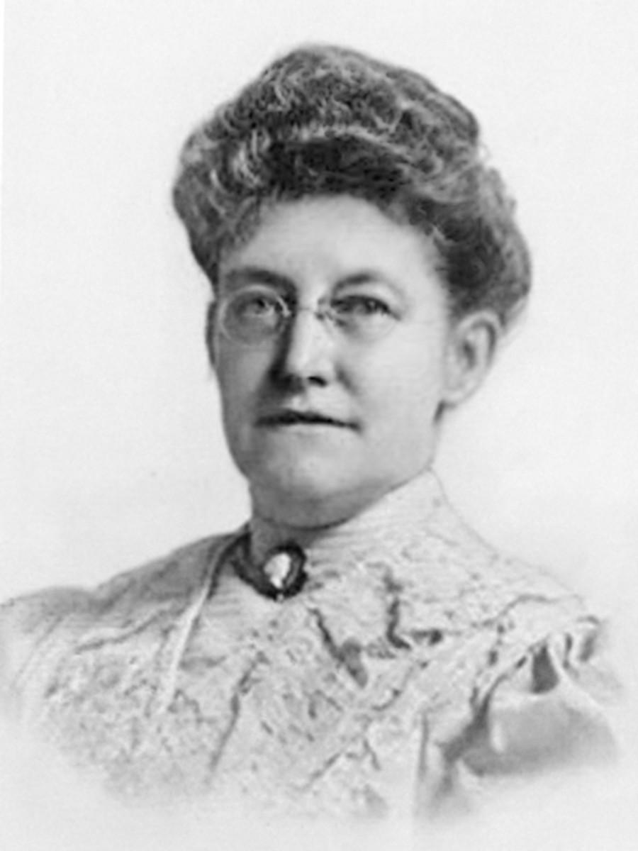 Georgiana Burton Pittock, founder of the Portland Rose Society, circa 1900