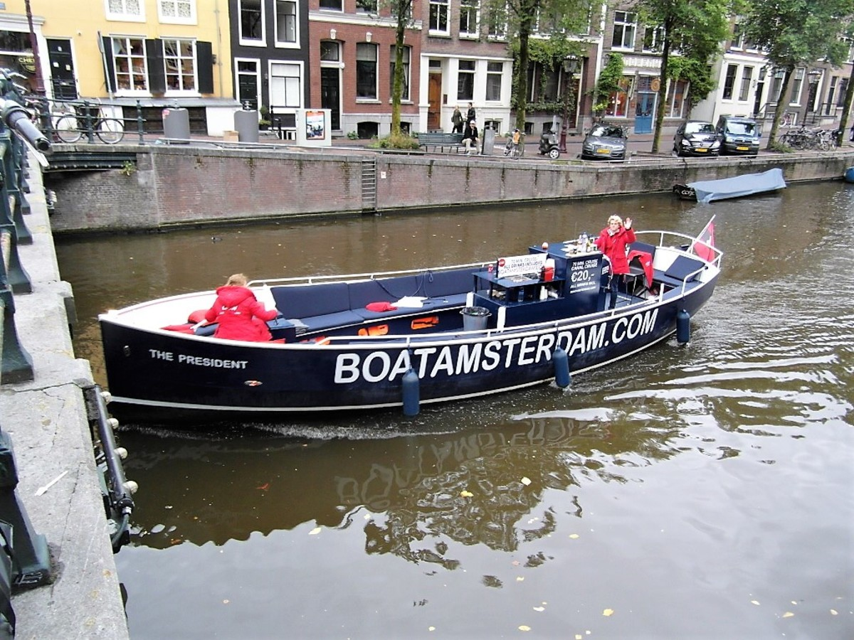 Our BoatAmsterdam crew.