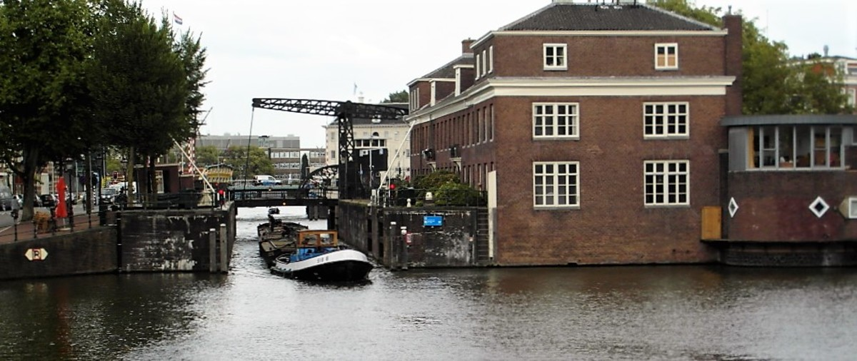 Moving scrap in Amsterdam.