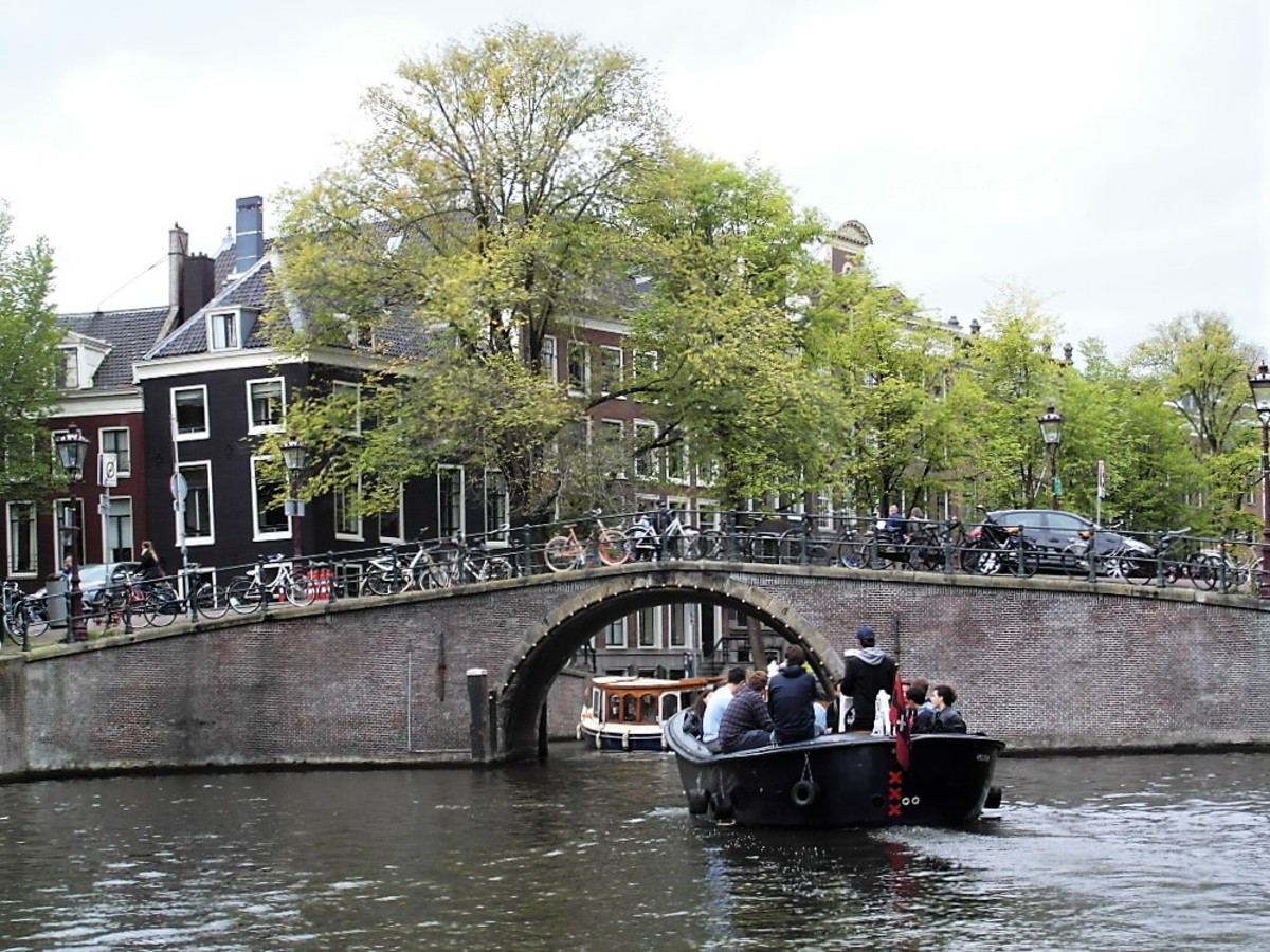 Queuing for the bridges in Amsterdam.