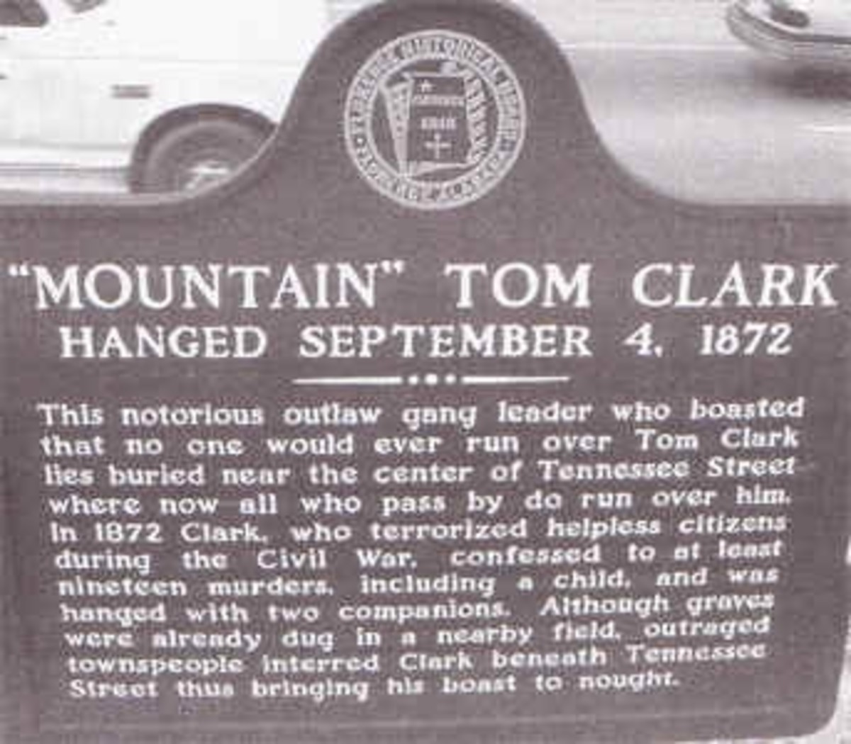 Mountain Tom Clark, Outlaw