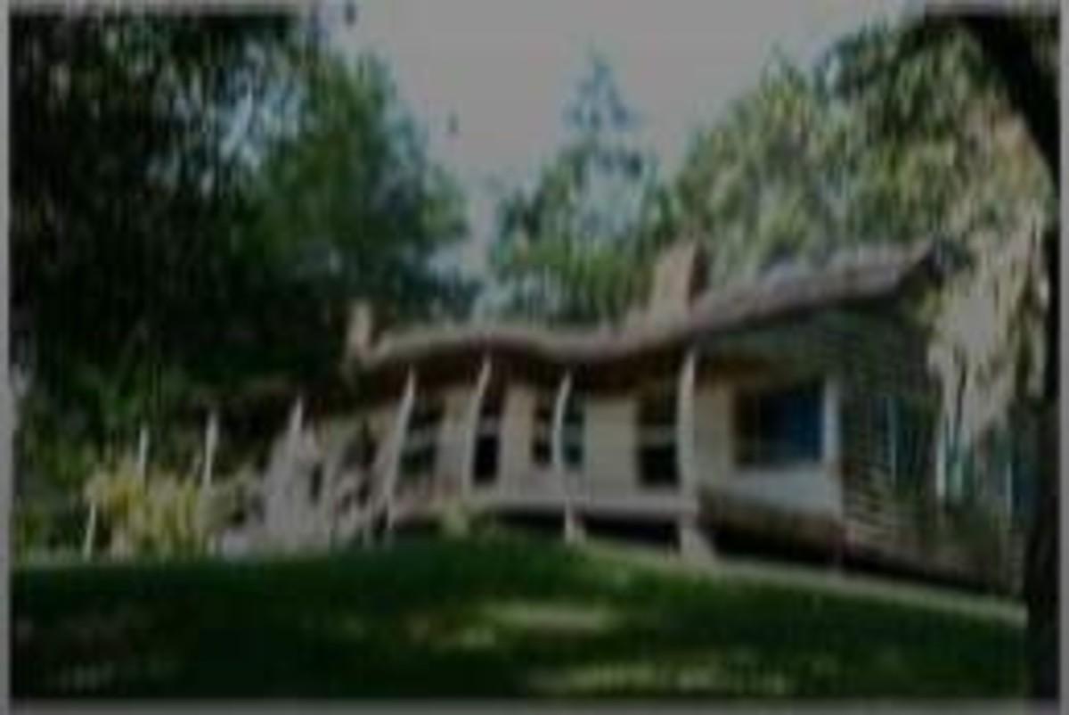 Mount Locust Inn.... home of the 'Kaintuck Six'