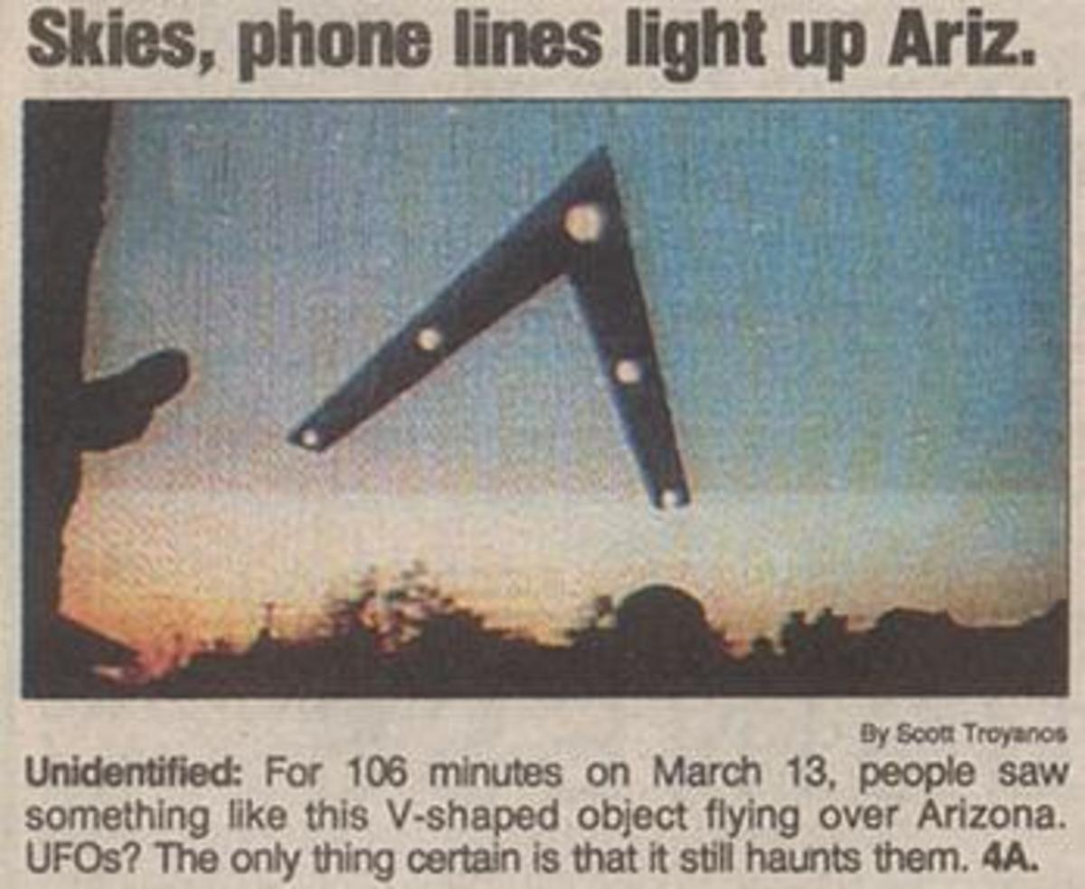 Newspaper headline after hundreds of Arizonans witnessed the phenomenon known as the Phoenix Lights.
