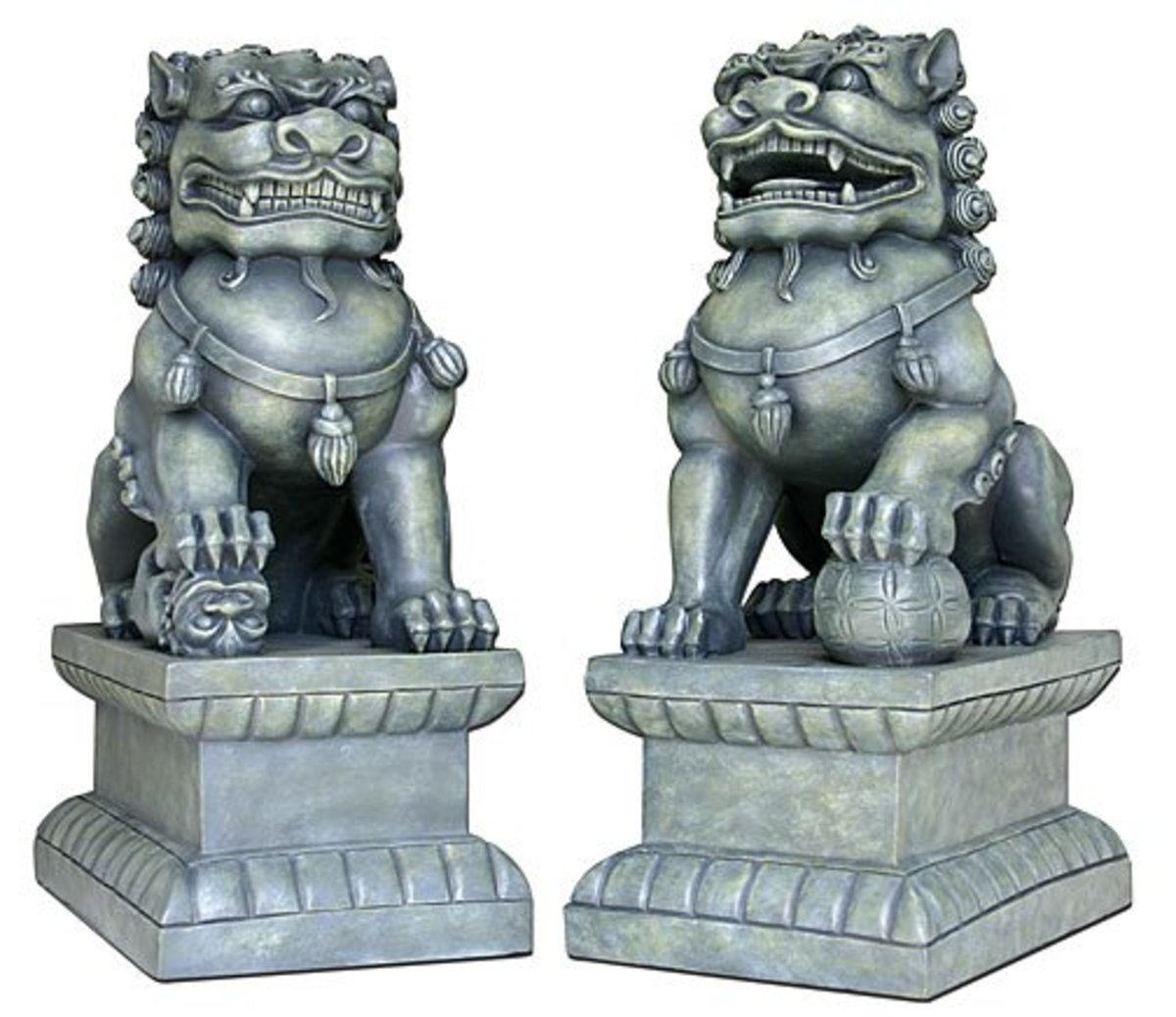 Fu dogs will guard your house from all the negative energy