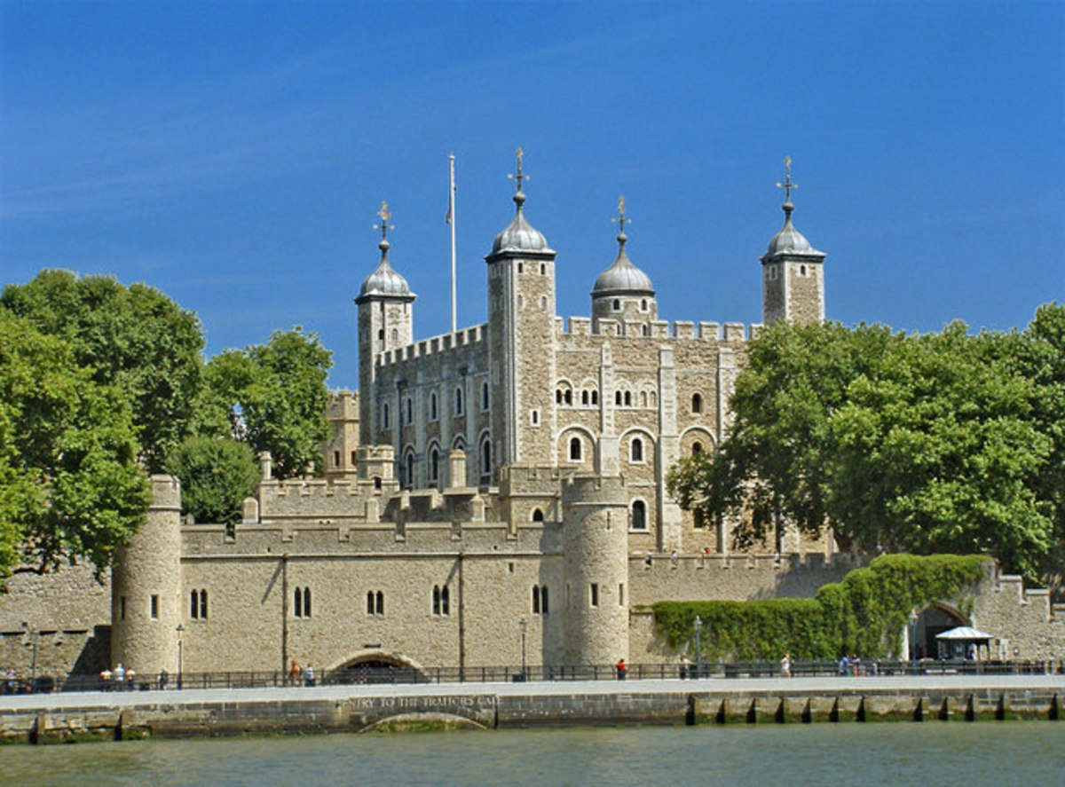 The Tower of London - Traitors' Gate in the foreground and the White Tower behind.