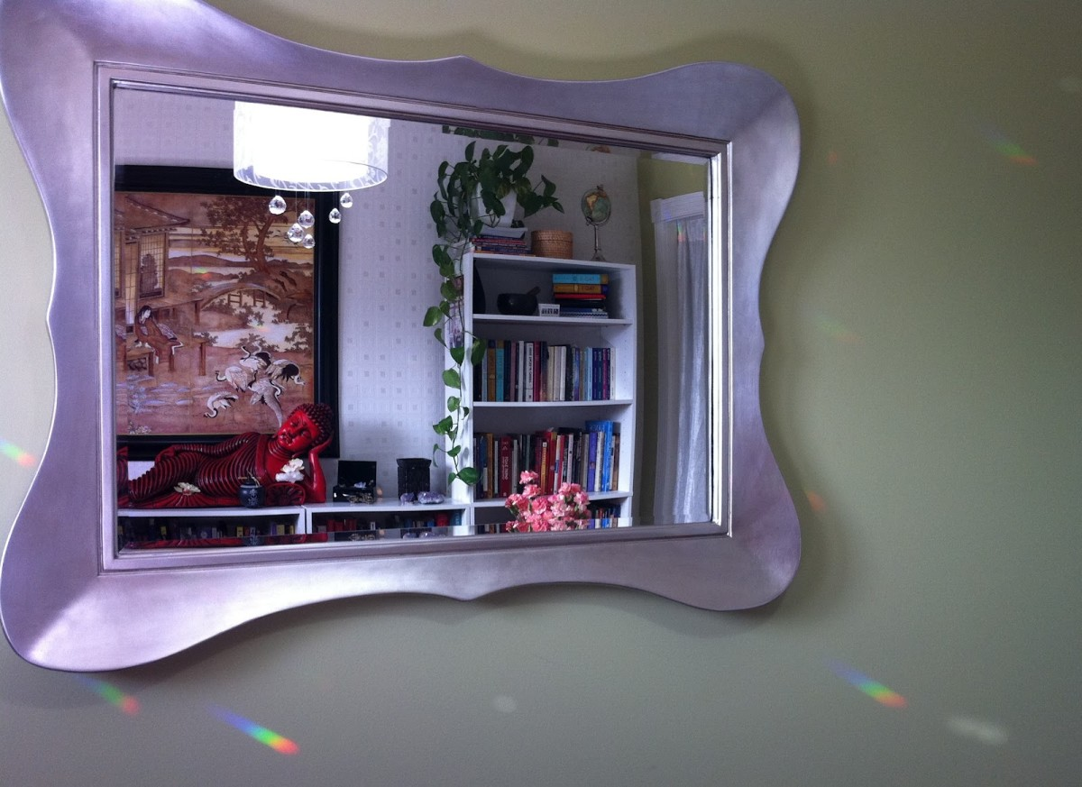 Peaceful feng shui energy is created with this mirror