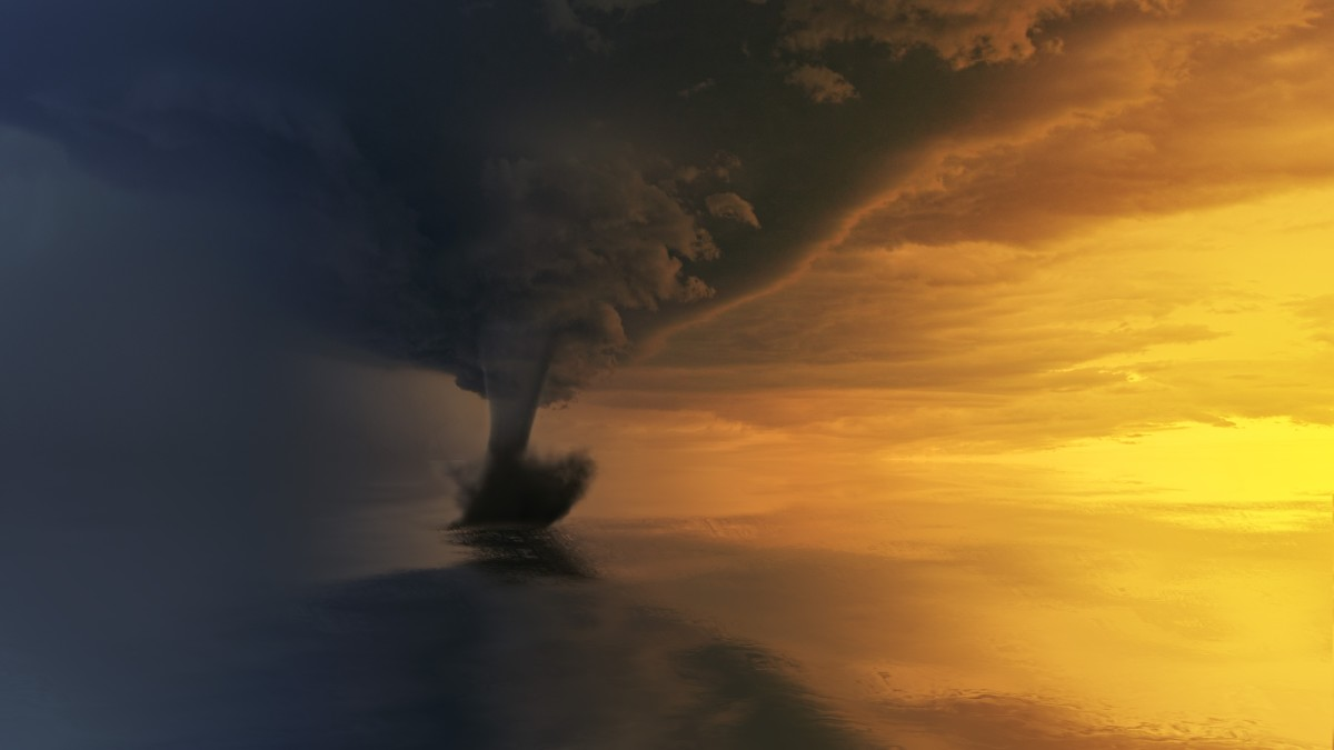 Tornado dreams may point to an addiction to chaos and disorder.