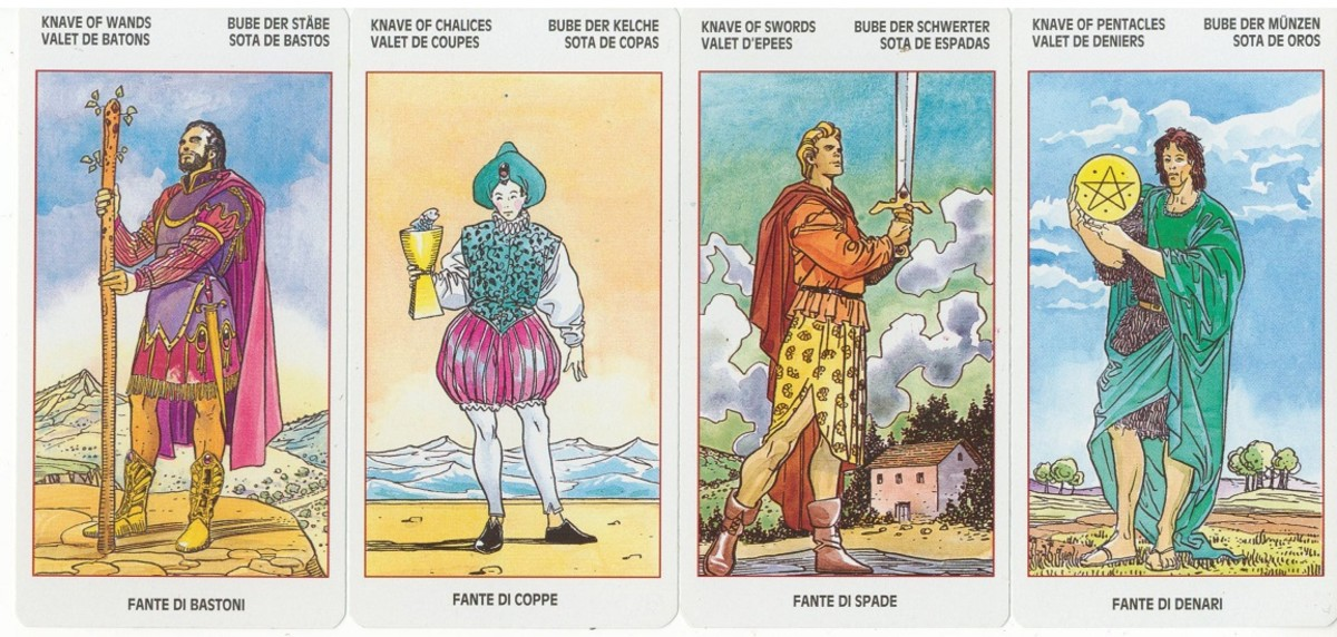 The Kaves (Pages) of the Universal Tarot by Lo Scarabeo.