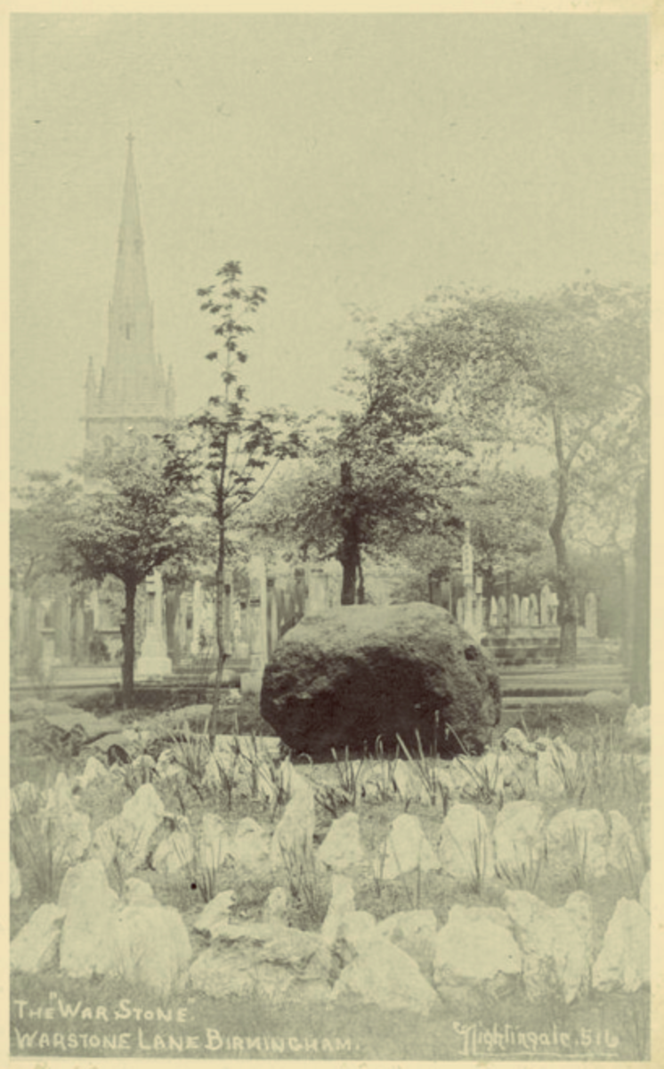 Early photograph of the War Stone with the chapel of rest in the background. The chapel was destroyed by a German bombing raid in 1940 and no longer stands.