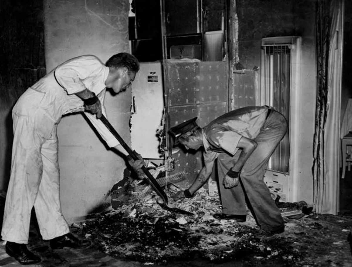 Although the investigation was incomplete, the FBI later stated that  the 1951 death of  Mary Reeser of St. Petersburg, Florida wasn't caused by spontaneous human combustion.