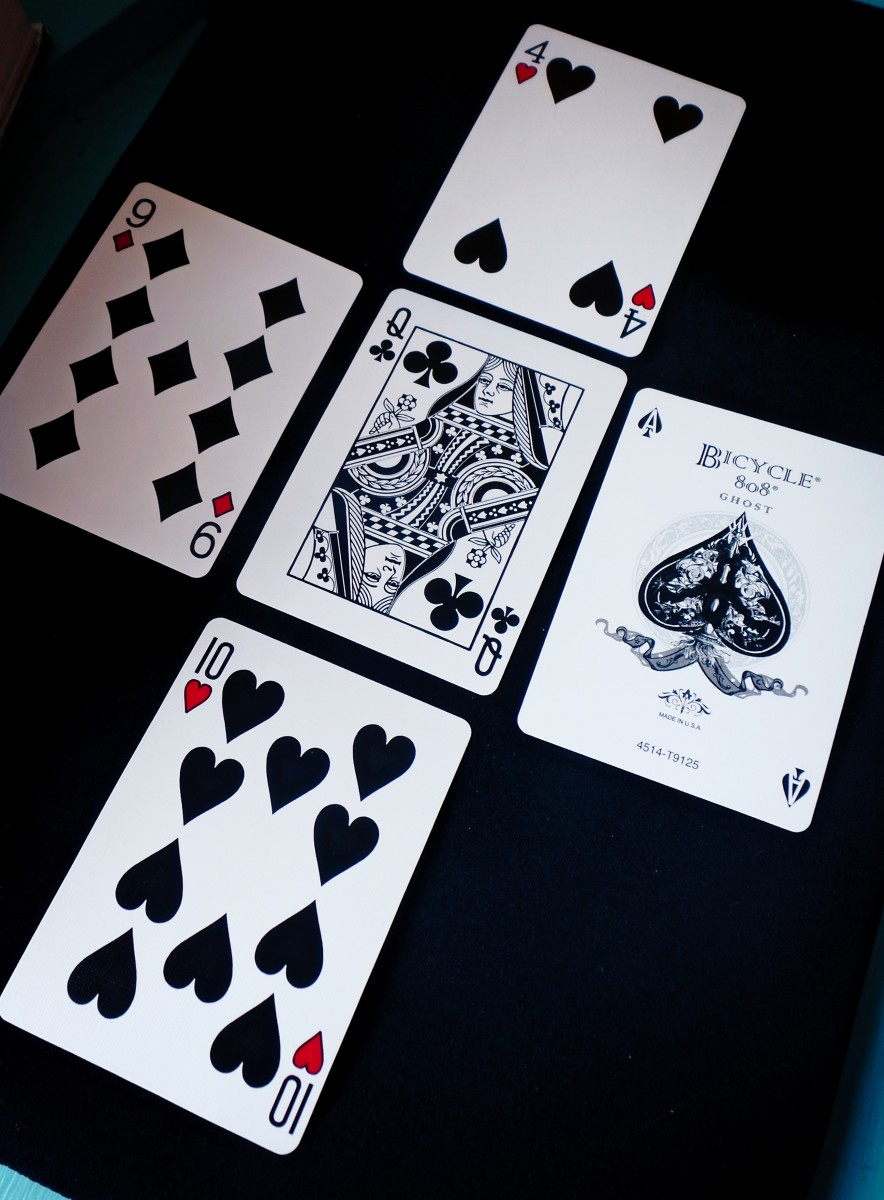 Five card spreads can deal with more complex situations.