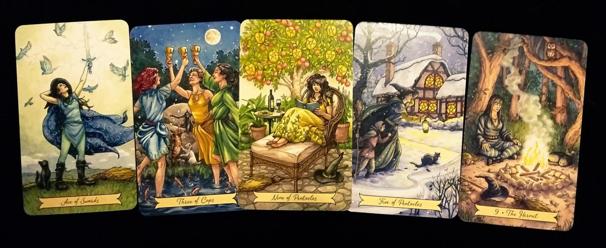 Everyday Witch Tarot Cards