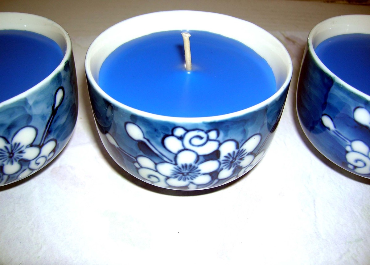 It's very easy to make your own candles in tea cups which are already designed to hold hot liquids.