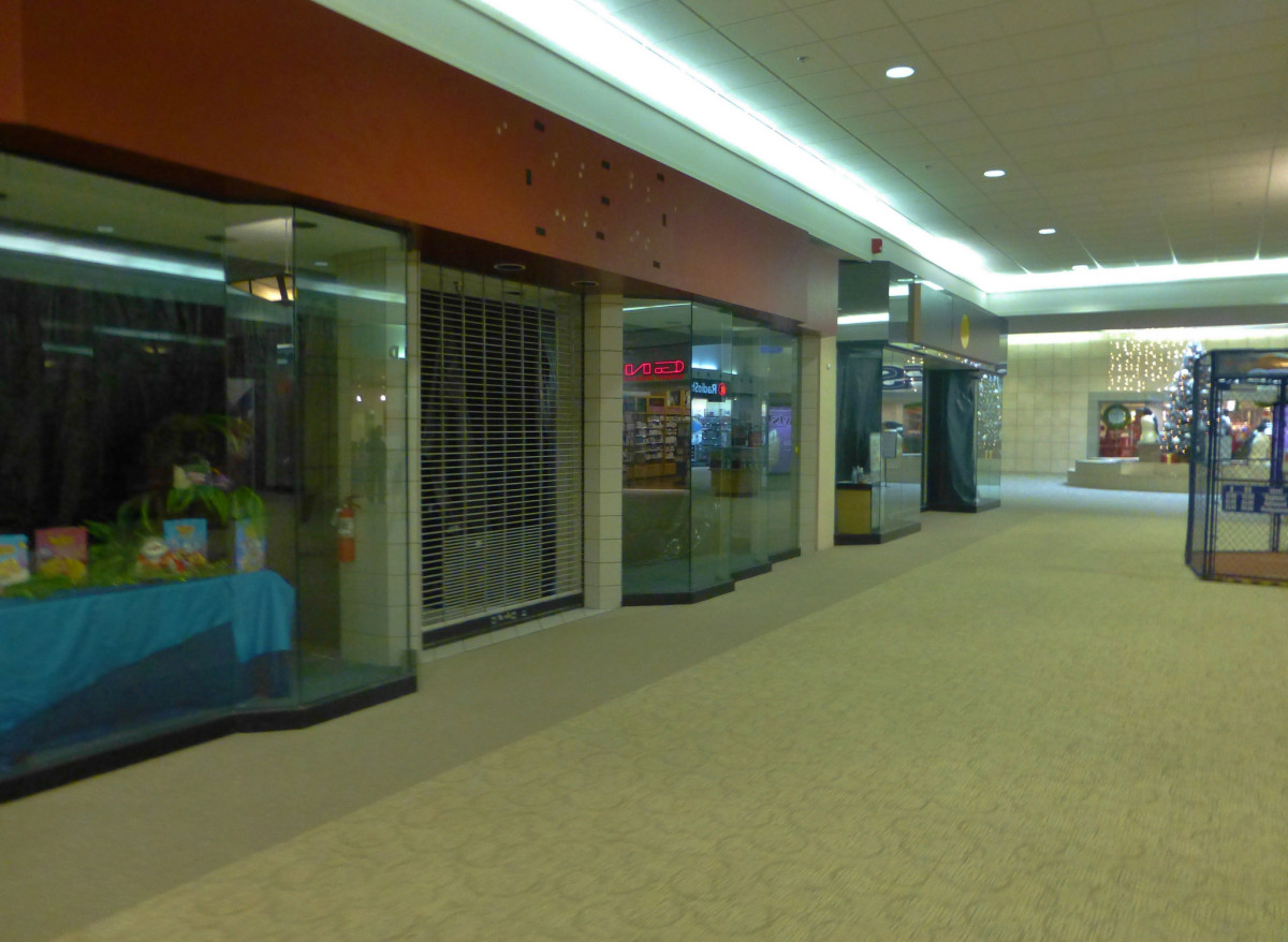 The Sandusky Mall is currently little more than a ghost town. It is unsurprising that so many people have claimed to encounter ghosts here.