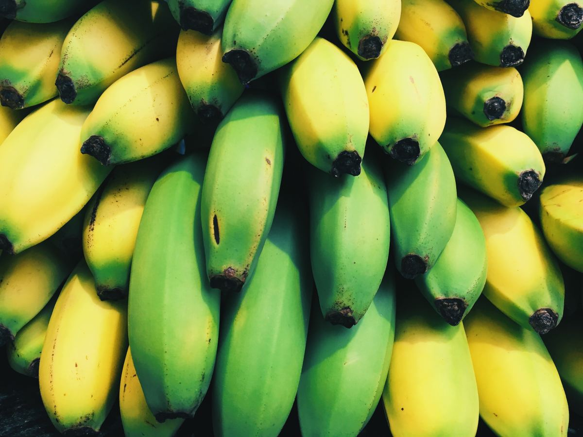 Bananas carry a masculine energy.