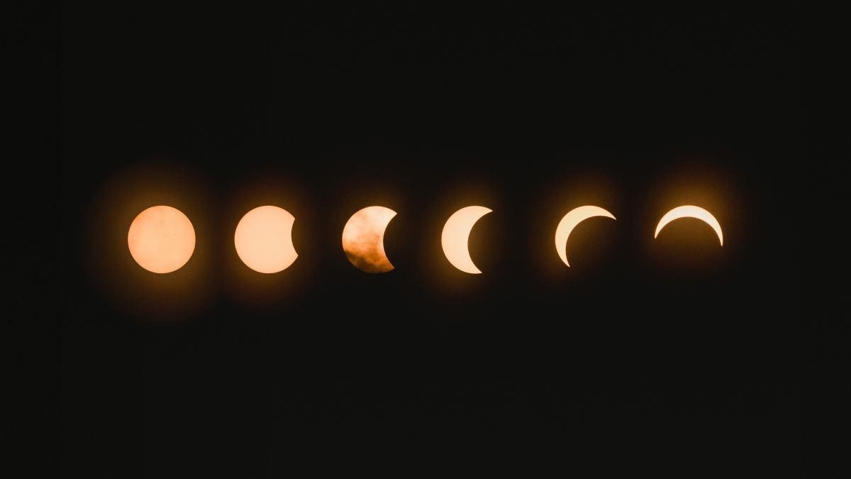 Total lunar eclipse. Photo by Mark Tegethoff on Unsplash.