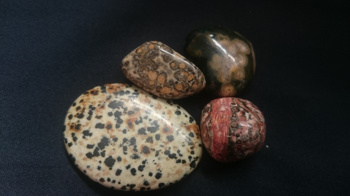Dalmatian jasper (White spotted) is thought to be a lucky stone to have.