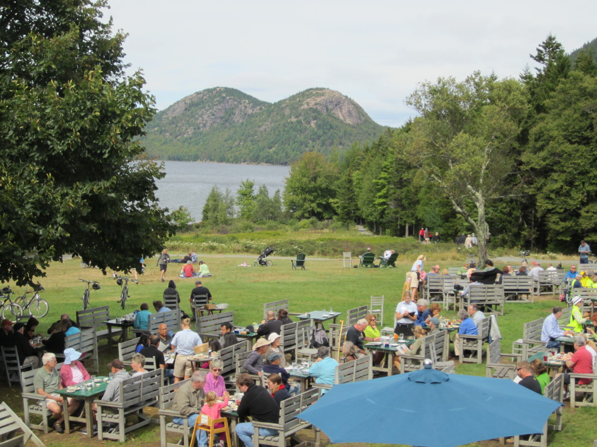 Tea and popovers on the green at Jordan Pond House