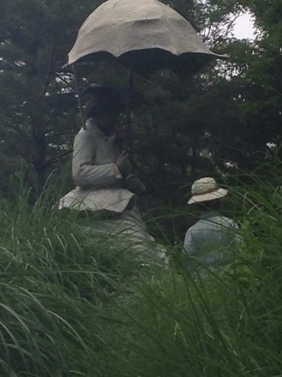"Grounds for Sculpture detailed re-creation of  Monet' painting, ""Lady with a Parasol"".  Photos by author, Rosheda Stephenson"