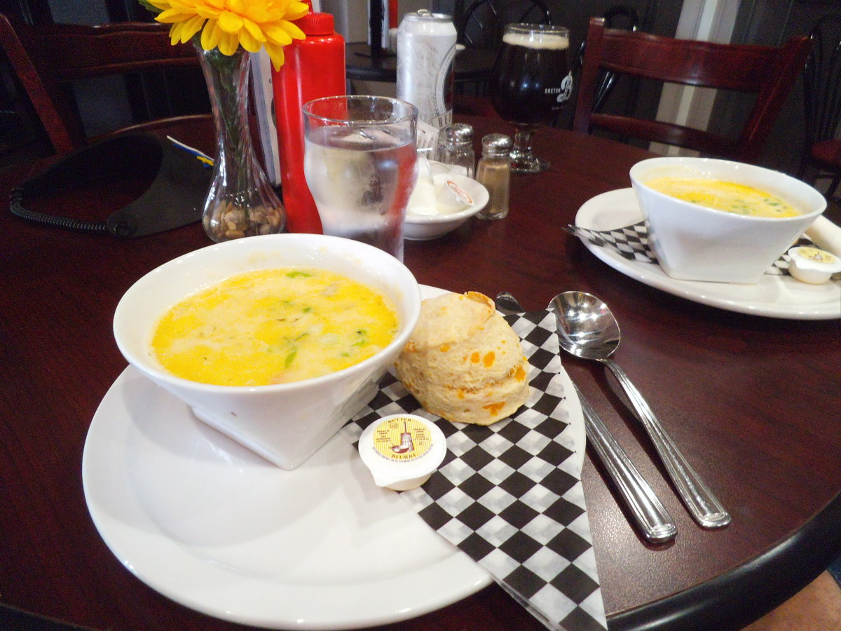 My lunch was seafood chowder. A little more buttery and slightly thicker broth than the one in Digby but quite delicious. It came with a cheddar biscuit.