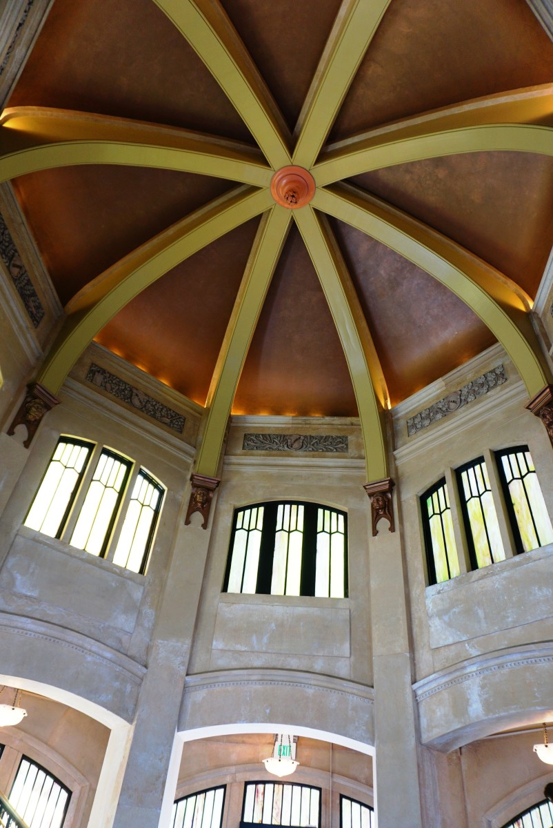 Inside of Vista House.