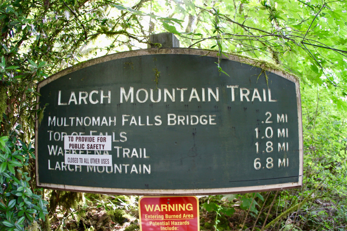 Larch Mountain Trail sign showing that everything past the Multnomah Fall's bridge is closed due to the Eagle Creek Fire.
