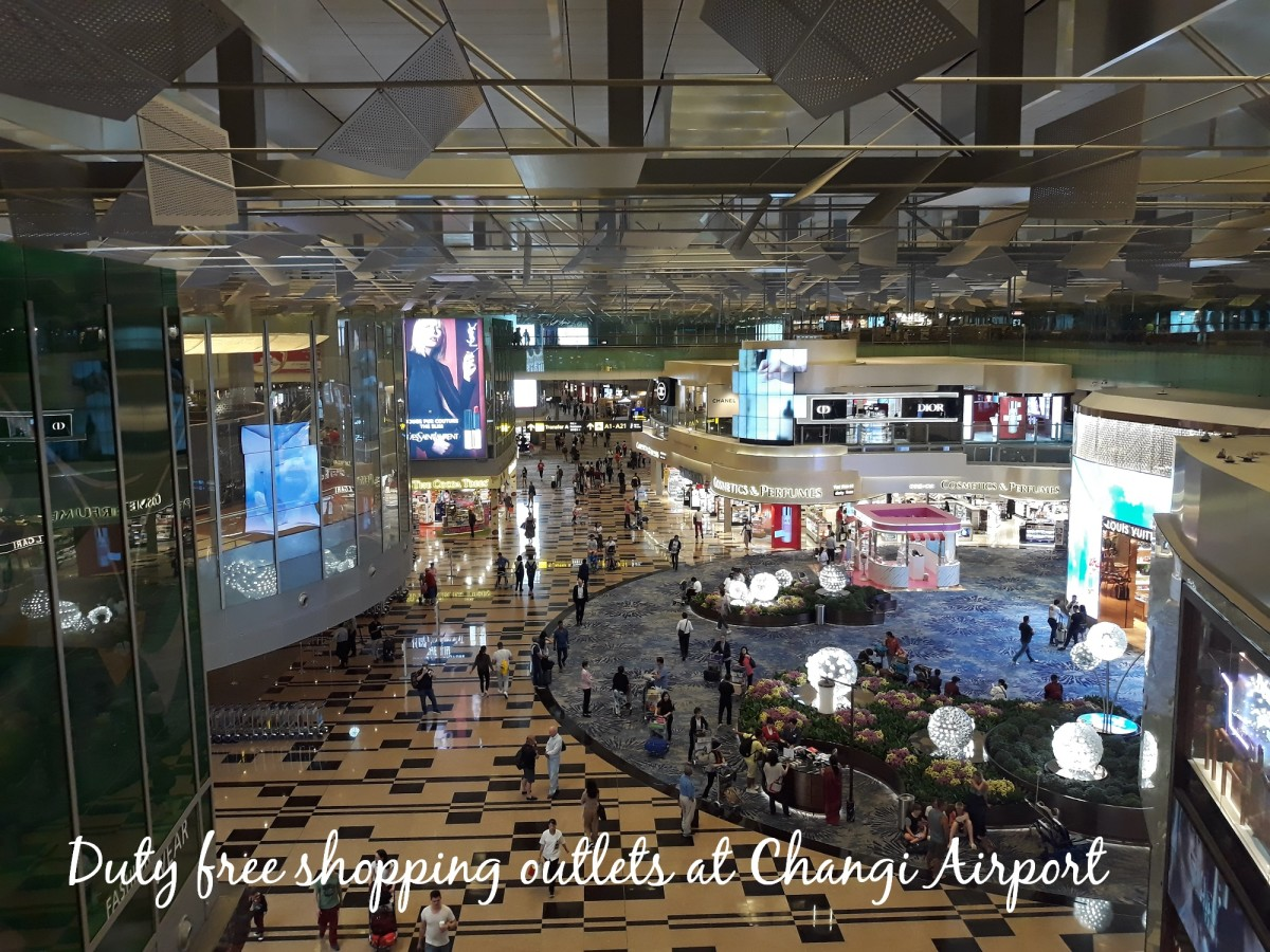 There are so many shops to visit at Terminal 3 in Changi Airport.
