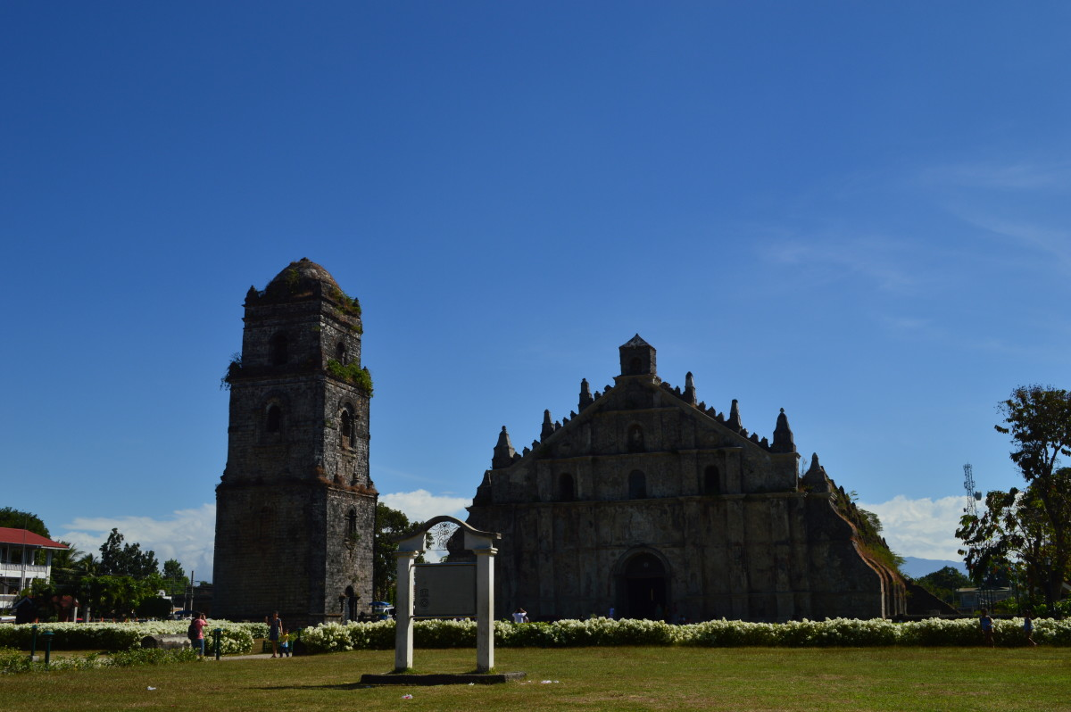 Paoay Church at daytime