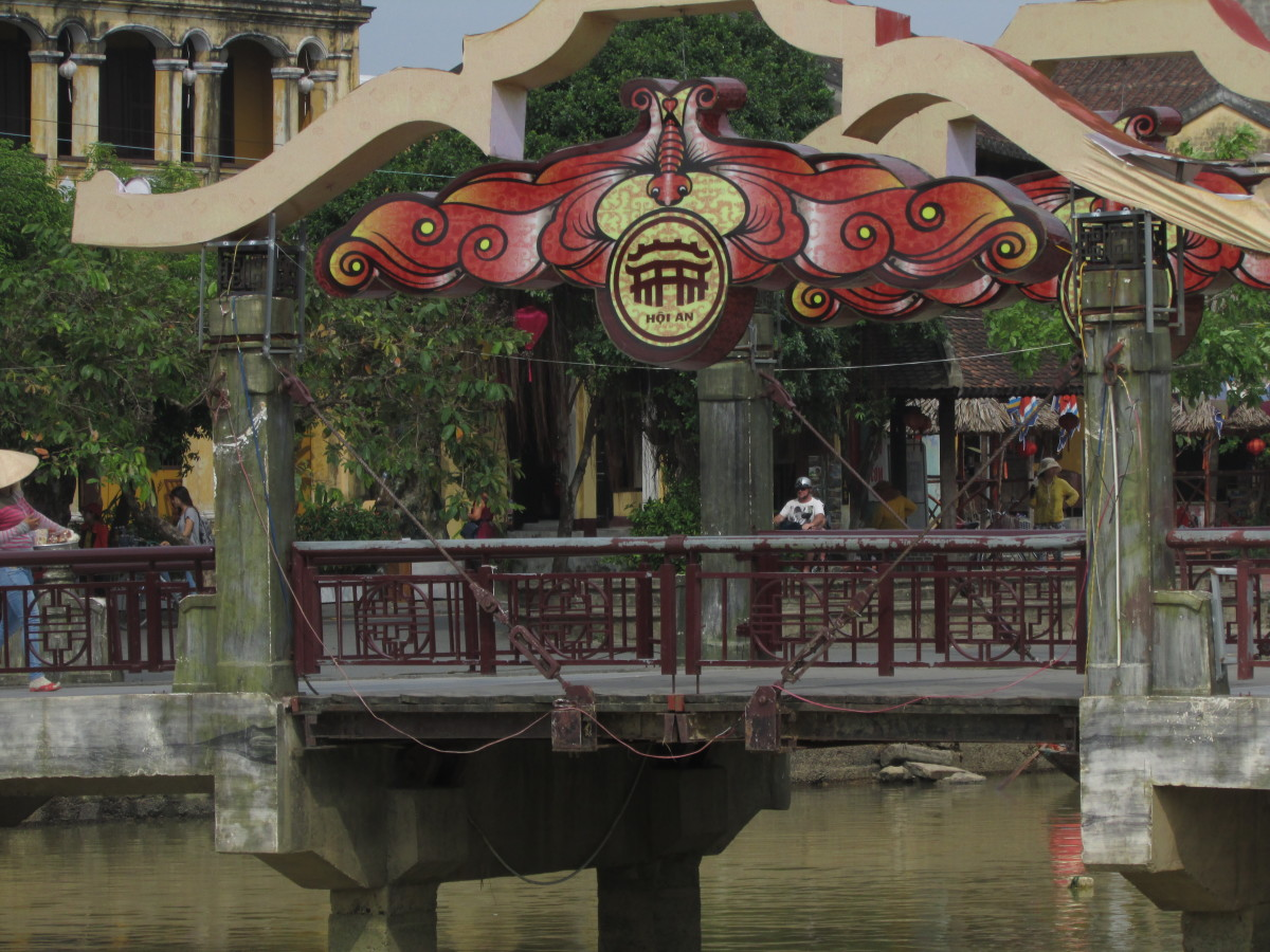 Bridge feature on main causeway across Thu Bon River, Hoi An