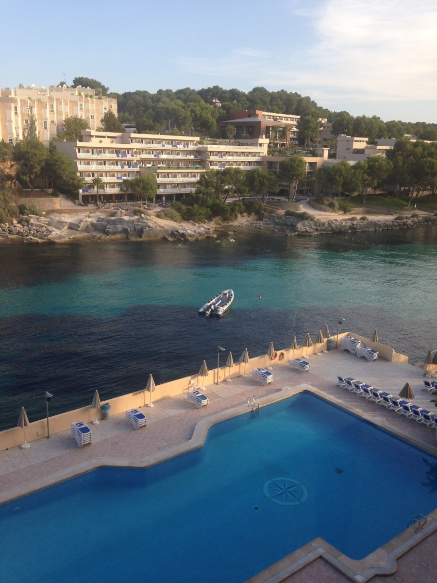 A view of the bay and the pool at the Sentido Cala Viñas.