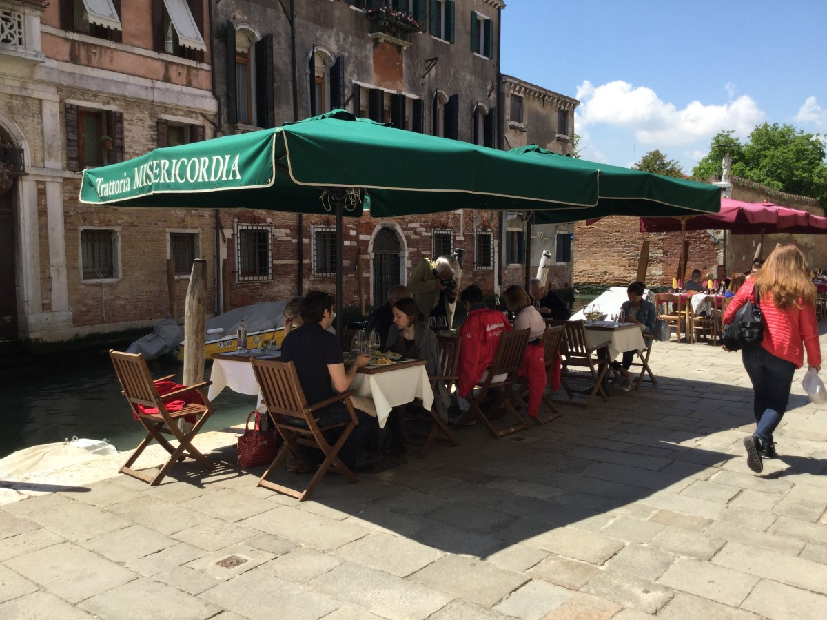 We ate a three course lunch, including a glass of wine, by one of the quieter canals and were treated to music by strolling players.