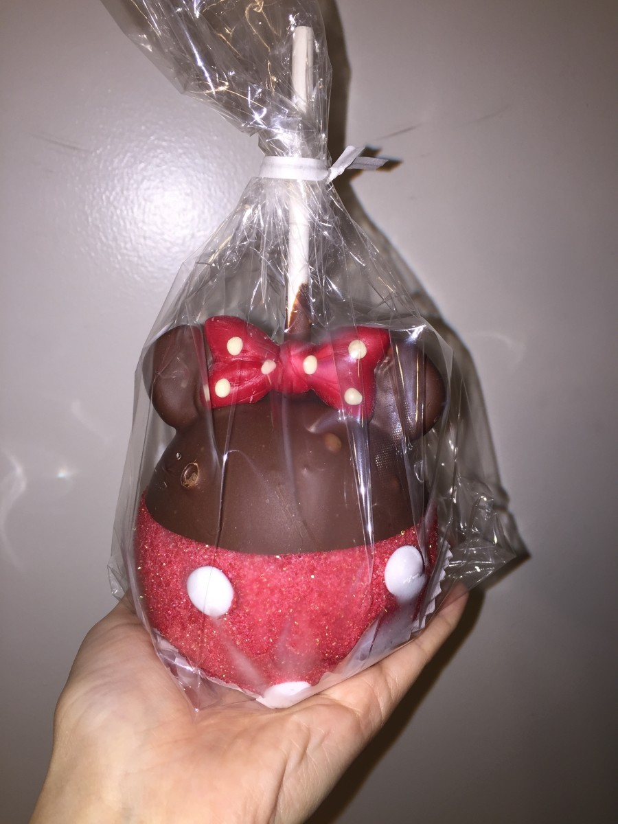 Minnie Caramel Apple from Disneyland
