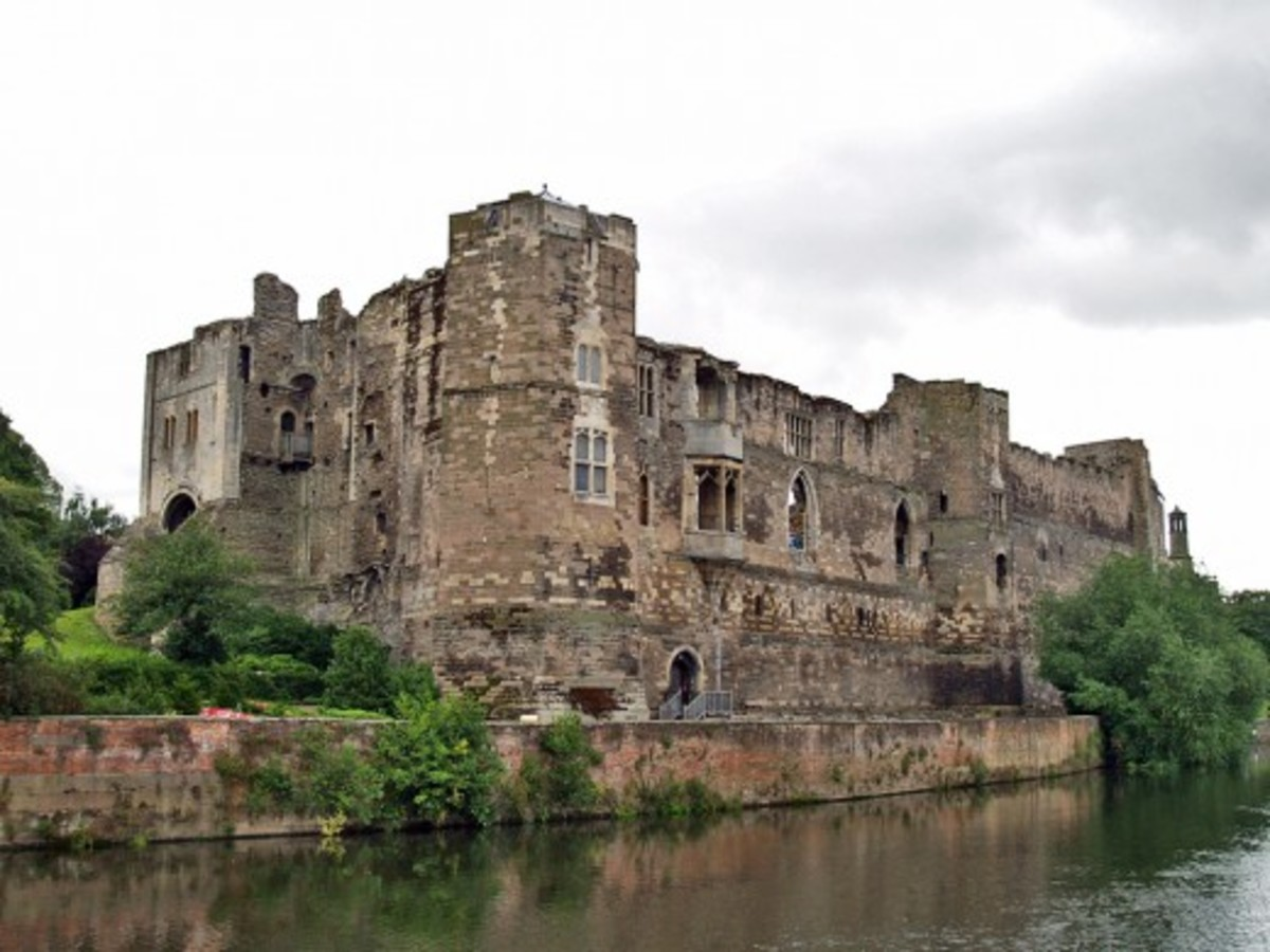 Newark Castle was partly demolished on the orders of Oliver Cromwell after the town eventually surrendered after the third siege by his troops. The intention was that it would never again have the ability to serve as a defence for the town.