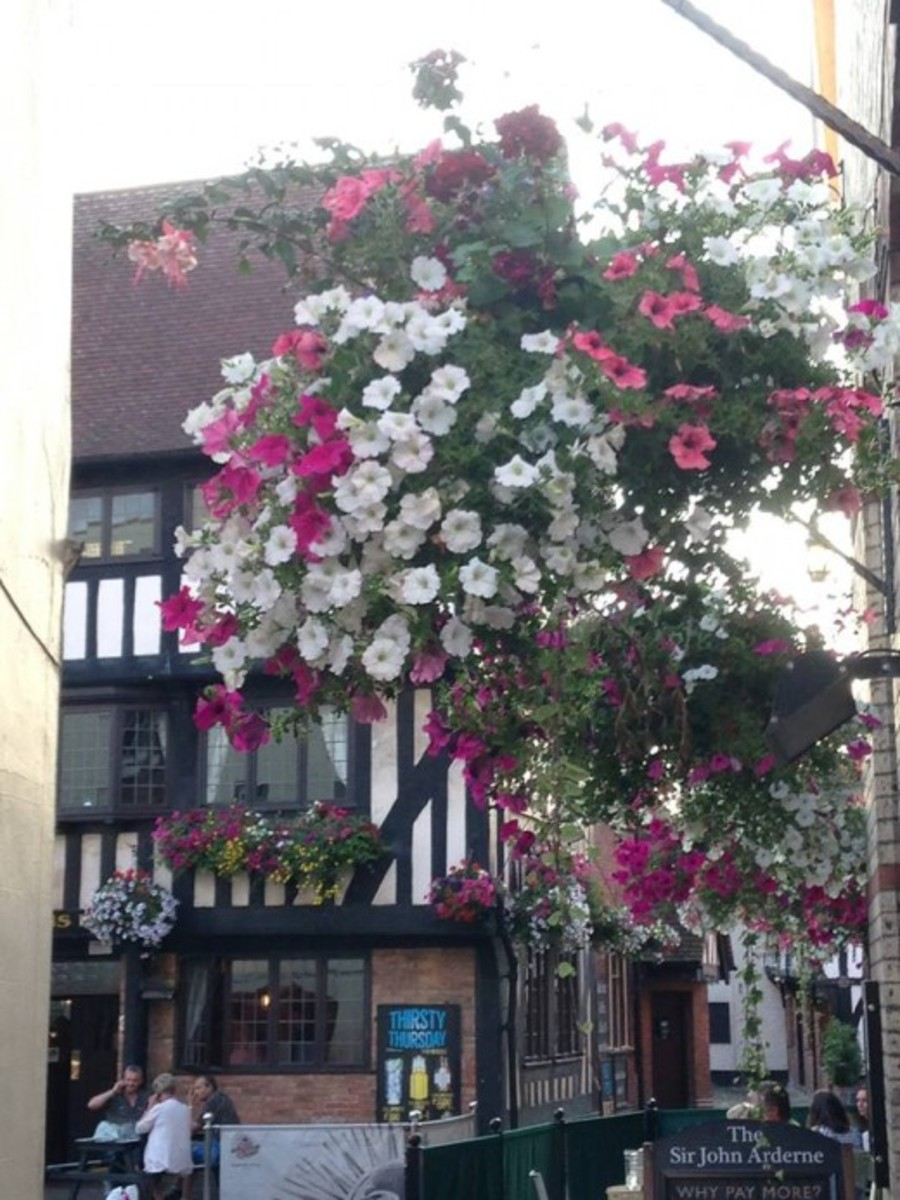 Three storey timbered coaching inn in the Market Place