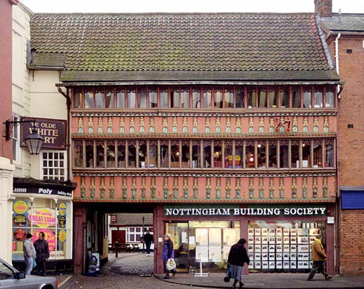The Old White Hart in Newark Market Place. Three storey 15th century coaching inn with carriage entrance to the White Hart Yard.