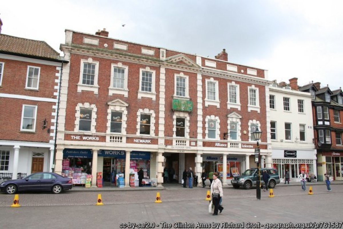 Early 18th century hotel with a piazza of Tuscan columns facing Newark Market Square. One of the grand coaching inns on the Great North Road with notable visitors such at Lord Byron and William Gladstone, it nowadays houses a variety of shops.