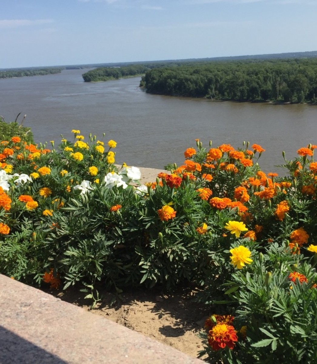 View overlooking the Mississippi from Riverview Park