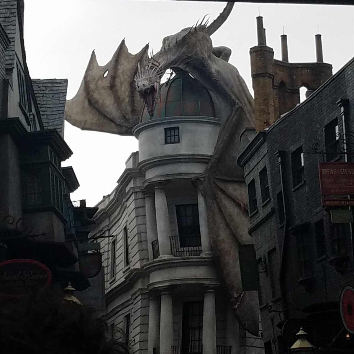 This fire-breathing dragon keeps careful (and angry!) watch over Diagon Alley.